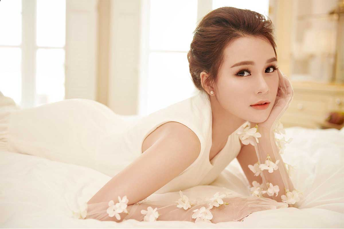 Sam - Nguyễn Hà My
